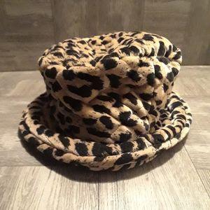 Vintage animal print bucket hat